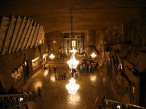 Kaplica Św. Kingi -miejsce na odpady promieniotwórcze światowych elektrowni jądrowych z 14 lat